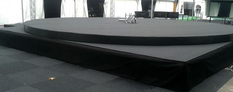 LiquidX Circle podium