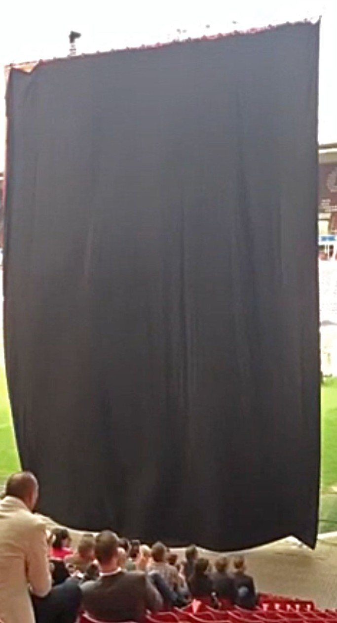 zwart doek volledig liquidx